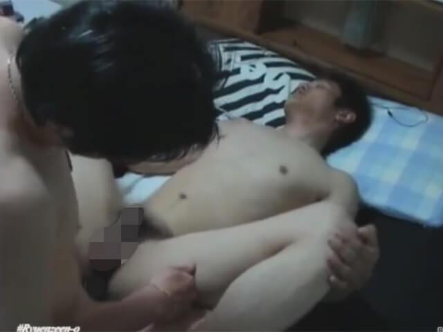 【素人ゲイ動画】貞操を守る19歳のスポメンのノンケも高額のギャラの魅力には抗えずホモビデオに出演wwその7