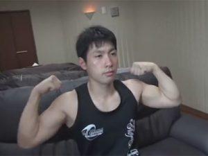 【オナニーゲイ動画】ラグビーやボクシングをやっていたアスリート系のスポメンが体を動かして汗だくになってからオナニーをするww