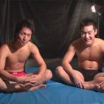 【フェラチオゲイ動画】レスラーのような体形のマッチョ2人が指入れやフェラチオや兜合わせをして絶頂するww