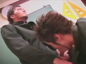 【乱交ゲイ動画】クラスメイトと…先輩と…先生と…同性で性処理する男子校の濃厚過ぎる性事情ww