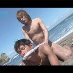 【レイプゲイ動画】黒髪の男がビーチで茶髪のイケメンにレイプをされて何度も昇天をしてしまう!