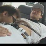 【素人ゲイ動画】野球の練習着を着ている男が車の中でフェラチオや手コキで犯され続けてしまうww
