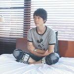 【素人ゲイ動画】オナホを使って茶髪の素人がゴーグルマンにチンコをしごかれてからゴーグルマンのチンコをしごいてあげるww