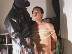 【レイプゲイ動画】試合のミスの制裁を先輩から受けるガチムチラガーマンや教室で縛られて悪戯される野球少年ww