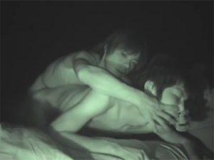 【乱交ゲイ動画】バリウケのイケメンにラッシュを何度も嗅がせ暗い部屋で輪姦種付けパーティーww