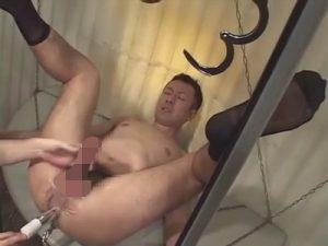 【セックスゲイ動画】拘束された細身の男が電マやアナルバイブで犯され続けてからアナルセックスでも犯されちゃうww