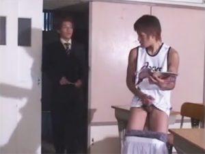 【レイプゲイ動画】生徒指導の先生が弱みを握ったバスケ部のイケメン生徒のケツまんこで性処理ww
