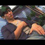 【オナニーゲイ動画】俳優のようなイケメンが少しばかりガチムチした肉体を見せつけオナニーし気持ち良く濃汁発射ww