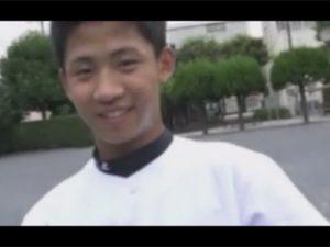 【セックスゲイ動画】野球ユニフォームを着用している好青年のイケメンがゴーグルマンを犯してアナルセックスをするww