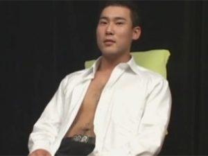 【素人ゲイ動画】がっちり武道家の体育会系素人が男の寸止めフェラコキ責めに満面の笑顔でトロ顔絶頂射精ww